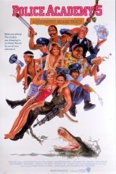 Смотреть онлайн Полицейская академия 5: Место назначения - Майами Бич в хорошем качестве